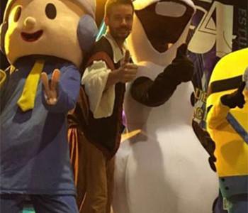 ¡El espectáculo infantil Momo y sus amigos gratis para todos!