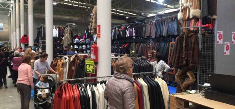 Cabito piel, especialistas en la confección de prendas de ante, napa, double-faz y peletería en la Feria del Stock