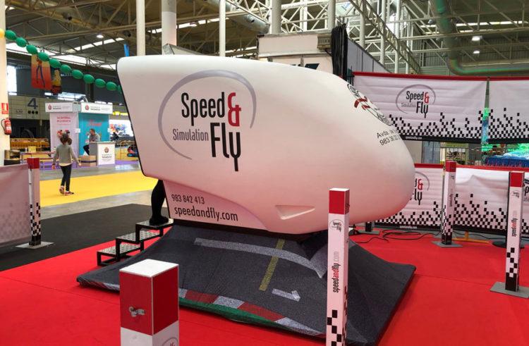 Emoción y pilotaje real en el simulador de Fórmula 1 Speed & Fly en Navival
